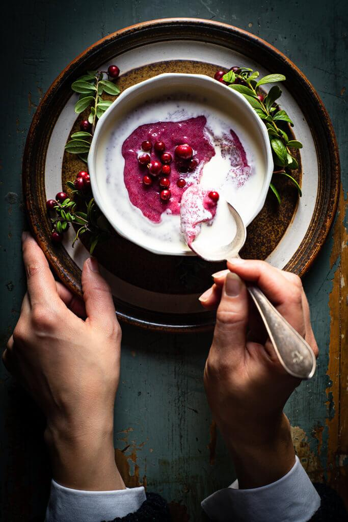 Finnish Lingonberry porridge with cooked rye flour