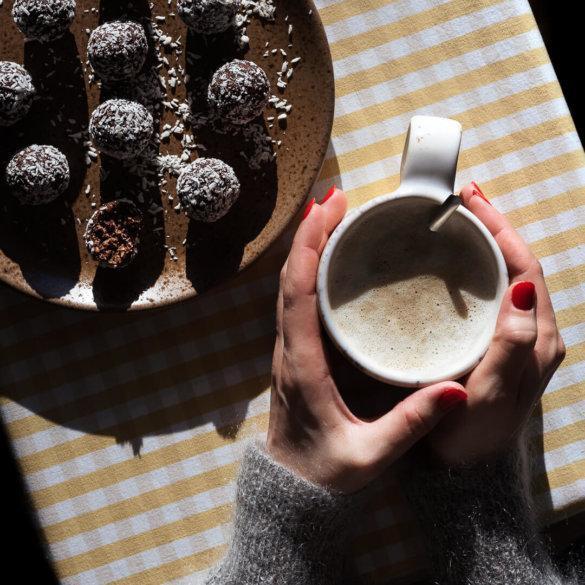no-bake cacao coconut balls recipe